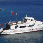 4fae03d9c7061_liamis_dive_boat