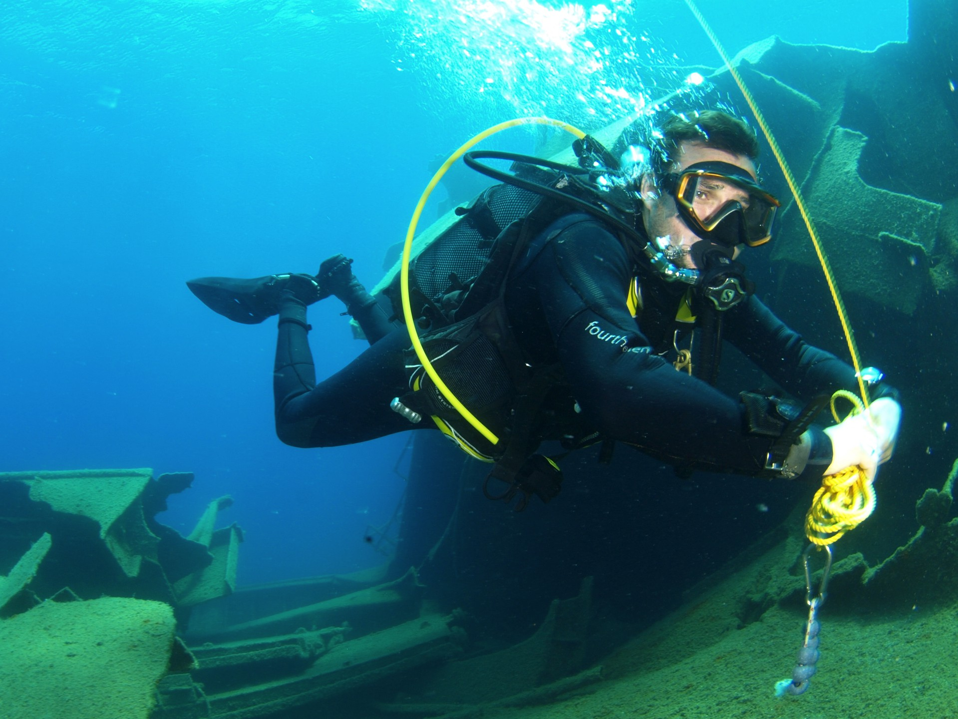The PADI Advanced Open Water course enables you to increase your diving  experience and knowledge under the expert guidance of your instructor, ...